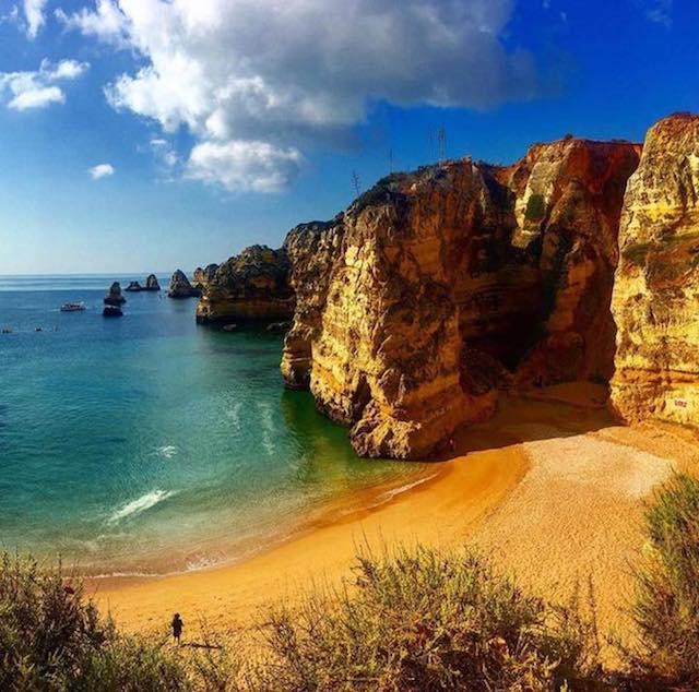 Praia-da-dona-ana-algarve