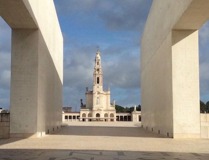 portugalholidays4u.com. Fatima.