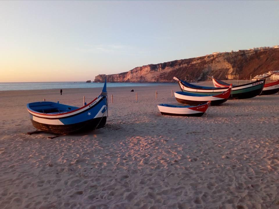 portugalholidays4u.com. Fishing-boats-at-Nazaré. Tipping-Point-Nazaré