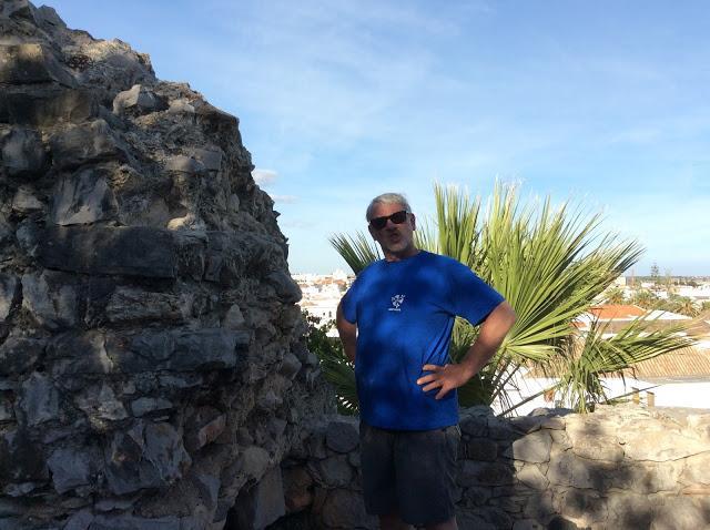 Tavira Castle. Portugalholidays4u.com