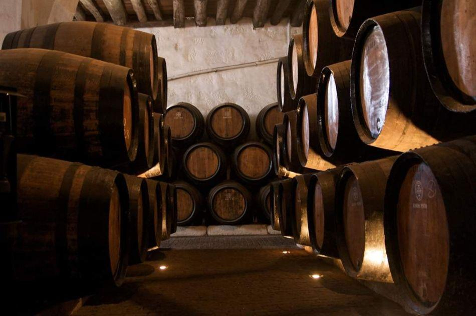 wine-cellars-douro-valley