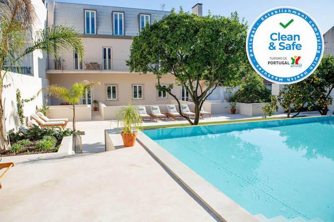 Almada-holiday-apartments-lisbon