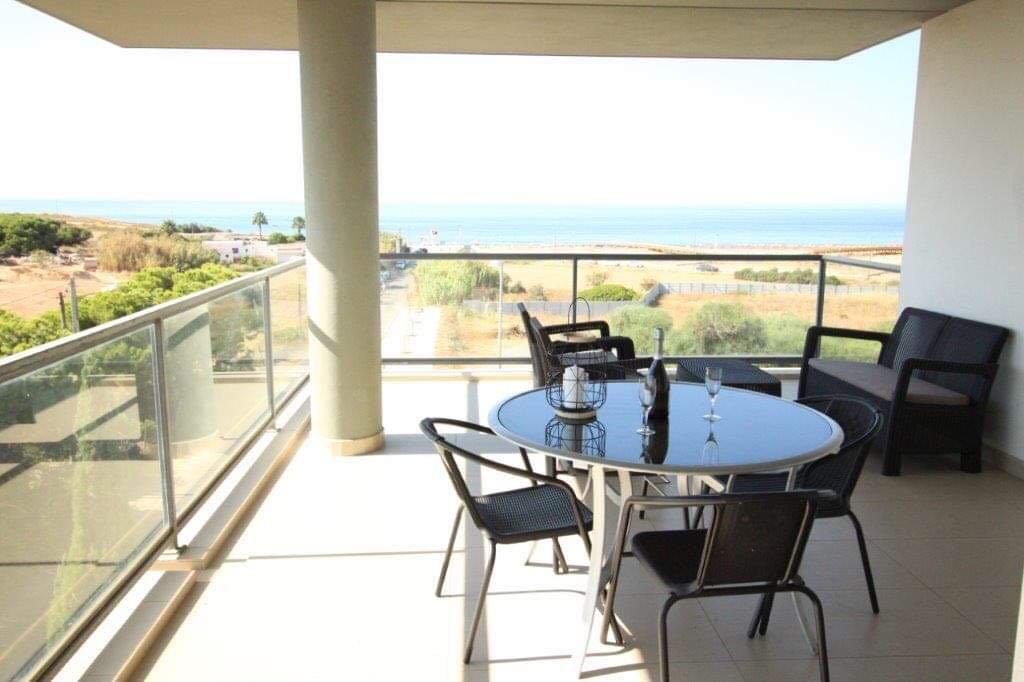 Quarteira-luxury-holiday-apartment-algarve