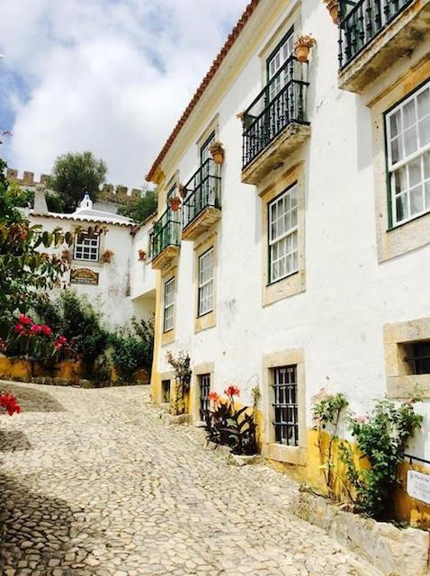 obidos-white-washed-houses