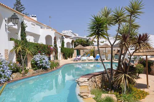 Portugalholidays4u.com. Ocean-Villas-Praia-da-Luz.