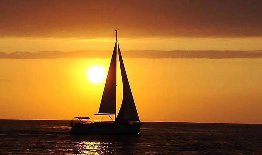 sunset-sailing-lisbon-cover-seabookings Portugalholidays4u.com