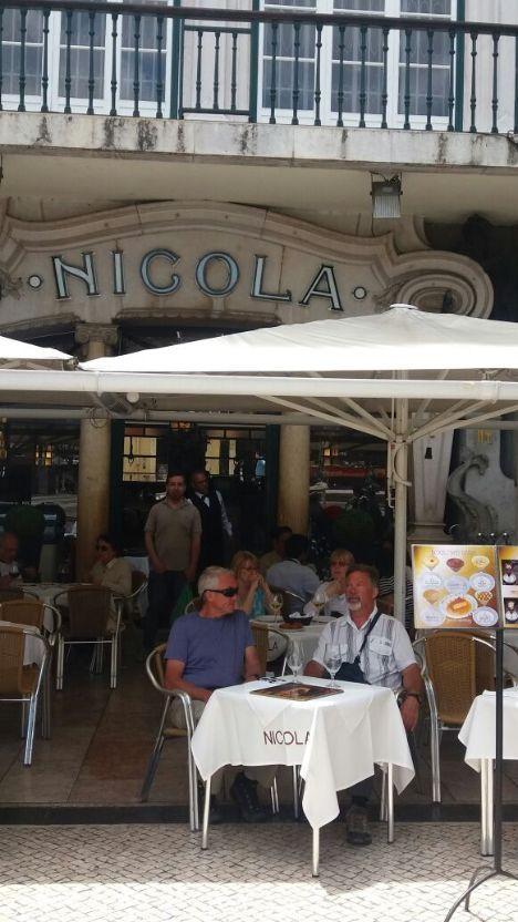 Café-nicola-lisbon portugalholidys4u.com