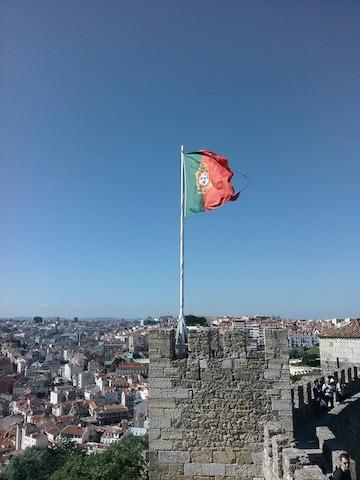 castelo-de-sao-jorge-lisbon portugalholidays4u.com