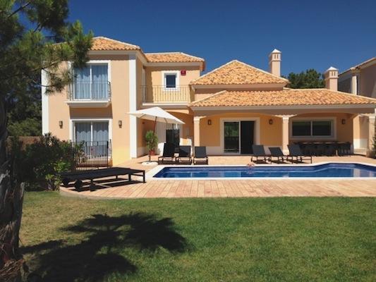 Albufeira-Algarve-holiday-villa