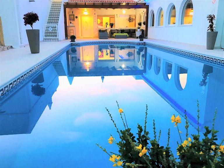 Carvoeiro-Algarve-holiday-villa-Villa-Sunkiss
