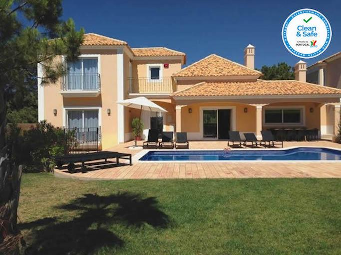 algarve-holiday-villa-pool