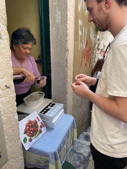 money-saving-tips-in-lisbon-portugal