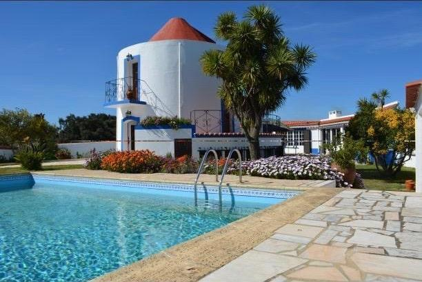 windmill-holiday-rental-portugal