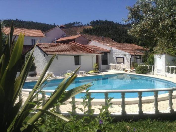 rural-holiday-villa-portugal-casa-branca
